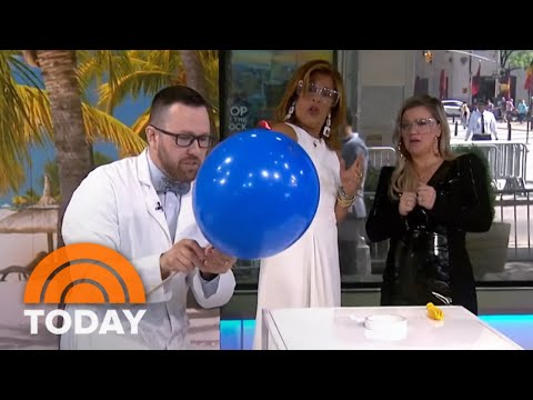 'Mr. Science' Jason Lindsey Shows How To Make A Bubble Snake | TODAY