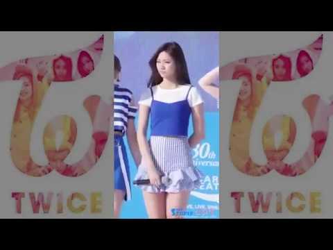 【TWICE】ツウィのスカートがヒラヒラして見えてしまう❢❢
