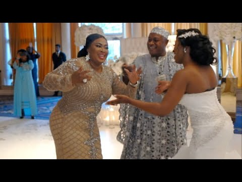 Download BEST MOTHER AND DAUGHTER DANCE THAT WENT VIRAL | Nigerian Weddings Arena