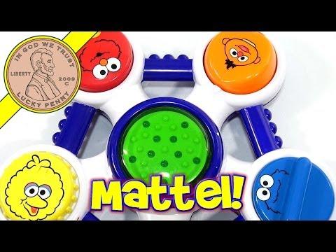 Sesame Street Lights & Levers Lab Character Ring, Mattel Toys
