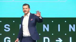 SB Istanbul 19 : Enlightened Leaders - Keynote by Vincent Avanzi (Chief Poetic Officer)