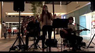 Gambar cover Linger - The Cranberries (cover by Monica Lopez)