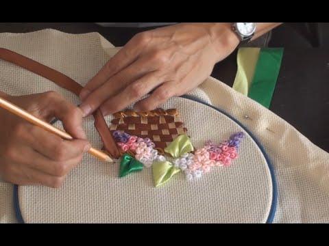 Как сделать картину из лент атласных лент своими руками