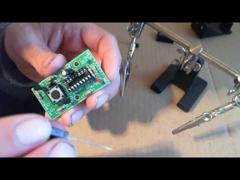 electronic decision maker MK135 (part 3) transistors, capacitors, battery