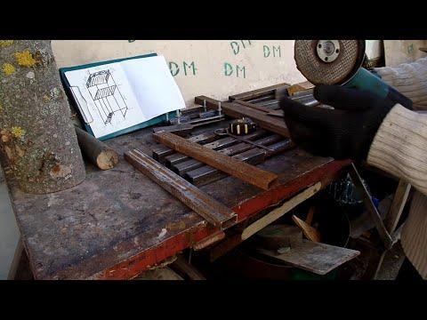 Столик верстак на колесах под сверлильный станок сваренный из отходов металла для своей мастерской