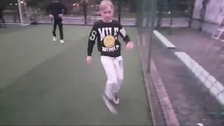 Футбол со взрослыми STREAM