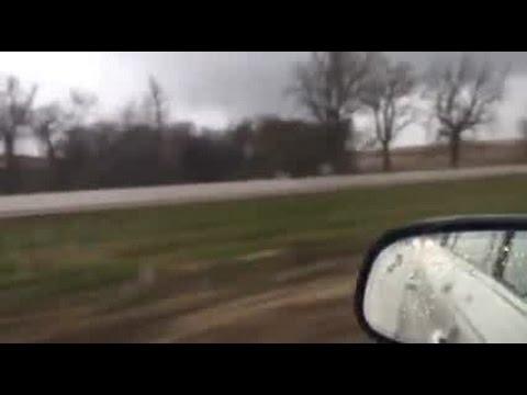 RAW VIDEO: Tornado near Avoca, Iowa