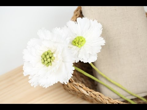 """How to make """"White Scabiosa"""" Crepe paper flowers! SUPER EASY!"""