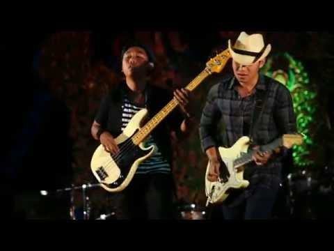 The Souled Out - Set My Soul on Fire (Cover Gugun Blues Shelter) @BULFEST 2016