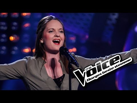 Mia Staurset Finjarn - Phantom Of The Opera | The Voice Norge 2017 | Blind Auditions