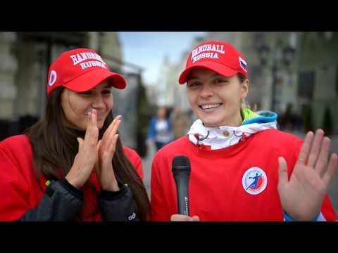 Даша Дмитриева и Катя Ильина на Красной площади!