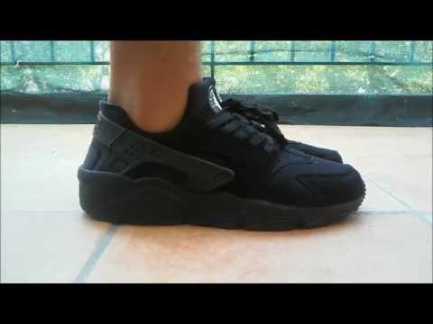 Nike Air Huarache Triple Black Ebay
