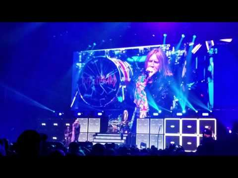 Def Leppard Let it Go 2017 Manchester NH SNHU