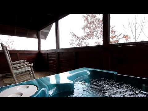 """Angel's Ridge"" Pigeon Forge Honeymoon Cabin With pool and Hot Tub - Cabins USA 2016"