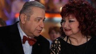 Смотреть Евгений Петросян и Елена Степаненко: Почему 30-летний брак юмористов закончился крахом онлайн