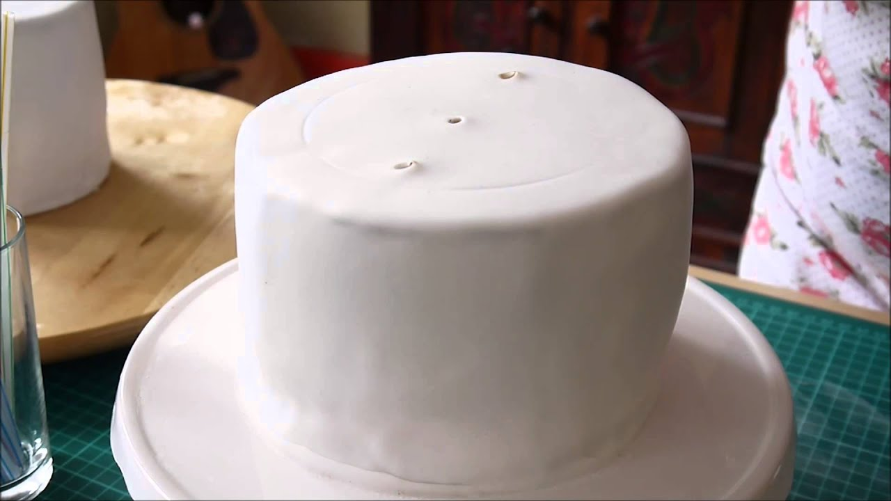how to make a 2 layer wedding cake 2 st 246 ckige torte stapeln anleitung hochzeitstorte how to 15768