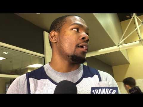 Durant: Shootaround in Golden State