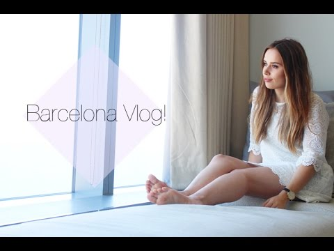 VLOG: Four Days In Barcelona! | Hello October