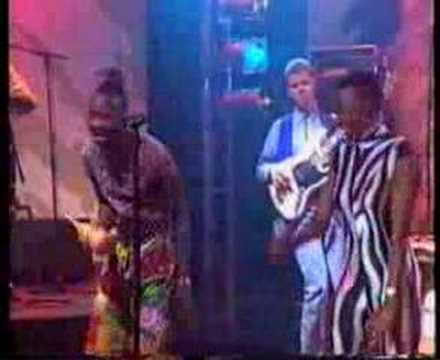 Angelique Kidjo - We We - Live  - 1992