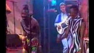Angelique Kidjo - We We - Live  - 1992