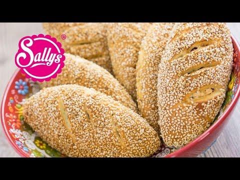 Simit Türkische Sesambrötchen mit Sucuk-Käsefullung - Peynirli Sucuklu Simit Pogaca / Sallys Welt
