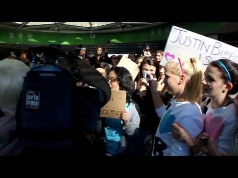 Justin Bieber Bash Vancouver Robson Square CTV News Oct 2010