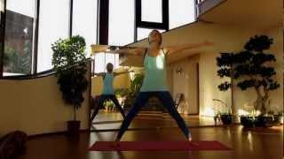 Растяжка для начинающих: динамика и статика. Стретчинг(Комплекс упражнений, направленный на развитие гибкости тела. Статические и динамические упражнения http://gibko..., 2013-01-13T13:28:05.000Z)