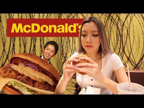 Eating Singaporean McDonald's *MUST TRY*