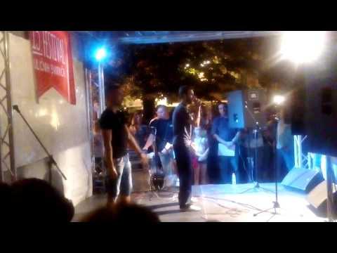 Karaoke, Festival uličnih svirača