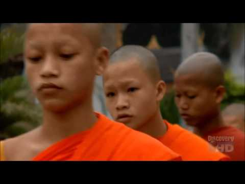 Almsgiving in Luang Prabang (clip from Anthony Bourdain: No Reservations: Laos - E4S11)