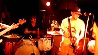 """Beatsteaks """"Molly's Lips"""" (Nirvana Cover)"""