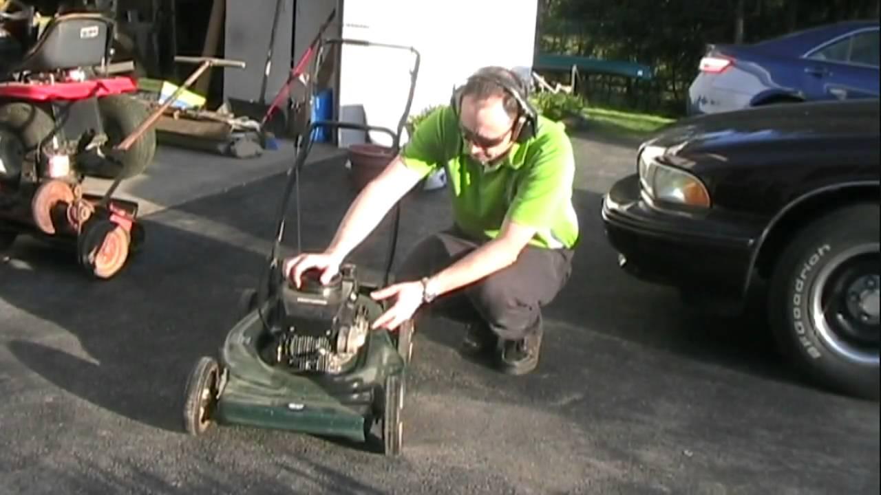 cleaning carburetor on craftsman lawn mower [ 1280 x 720 Pixel ]