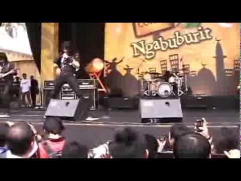 Gigi Amnesia Ngabuburit Pandeglang 2013