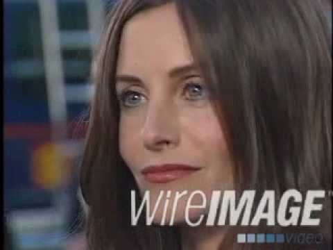 Courteney Cox interview at The Good Girl Premiere in 2002 #3