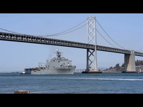 USS Rushmore, USS John S. McCain arrive in San Francisco to support SFFW 2021