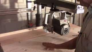 DeWalt 790 Radial Arm Saw: Table Construction