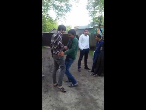 Прикол. Цыганский танец. смотреть онлайн видео от rutube