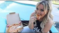 Trying Pizza Hut's New Mozzarella Poppers Pizza!