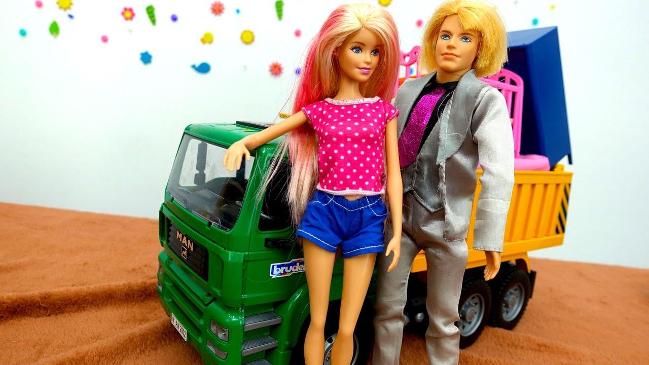 Видео для девочек: Барби и Кен и их новый дом - YouTube