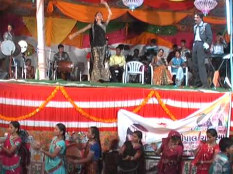 Navratri special || Dandiya raas swage queen || Small girl garba from YouTube · Duration:  1 minutes 54 seconds