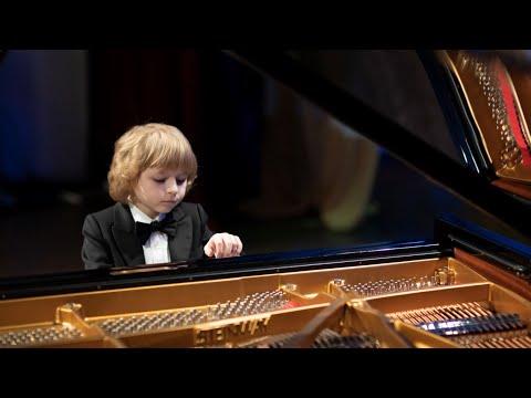 Elisey Mysin  K.Debussy: Childrens corner