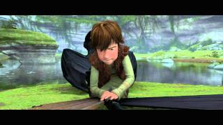 """HOW TO TRAIN YOUR DRAGON - """"Accidental Flight"""" Official Clip"""