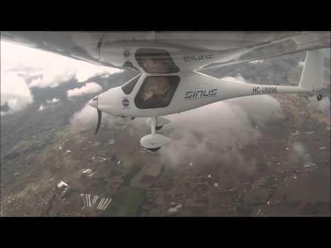 Sinus Pipistrel, motoplaneador, maniobras basicas, tomas y despegues, vuelo a 18000´´