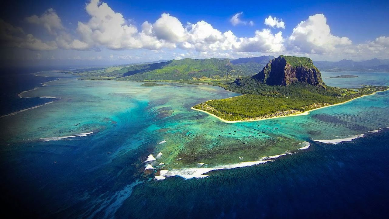 Mauritius Facts on Largest Cities, Populations, Symbols ... |Mauritius