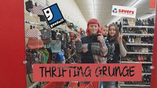 THRIFT WITH US FOR GRUNGE LOOKS | HAUL