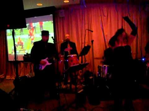 Mike Uva's new Image band / NYE 2011 / Lady Marmalade.avi