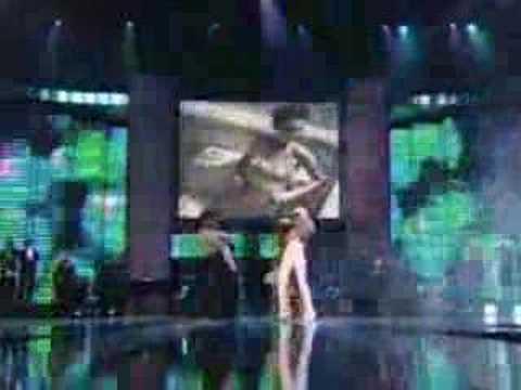 Christina Aguilera-Candy man(concert)