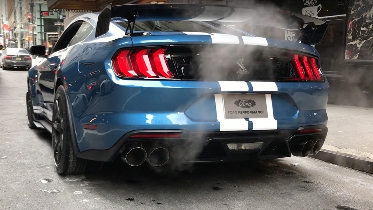 listen to the 2020 ford mustang shelby gt500 s four exhaust modes