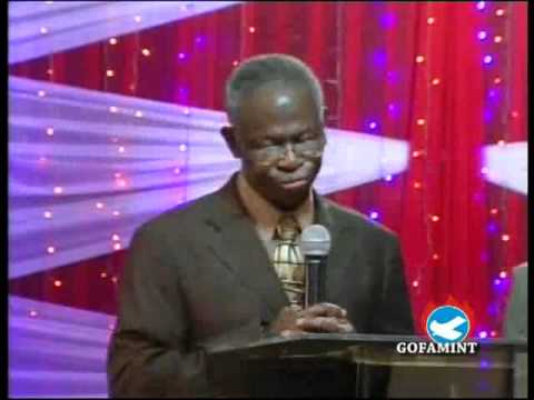 Pastor E O Abina Walking in the step of Christ - YouTube