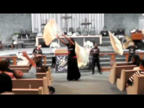 Kids Flag Demo Trust You Lord REACH 2014 Faith Celebration - Fisher of Men